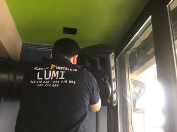 Profesionist: Elektro Instalues LUMI