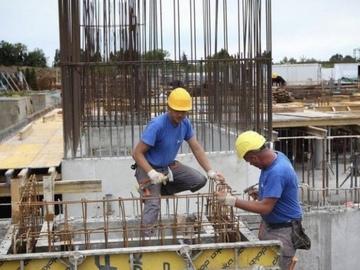 Profesionist: Ndërtimtar