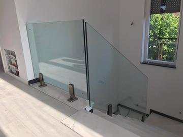 Profesionist: Li-Bes Glass Pvc