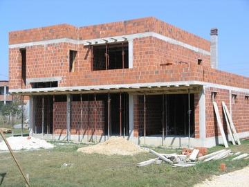 Profesionist: Ndërtues të shtëpiave