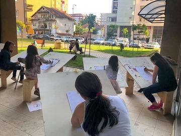 Profesionist: Kaya's Art  Shkolle Profesionale e Artit