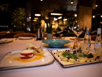 Profesionist: Uda Restaurant