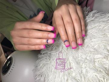Profesionist: Nails by Greta